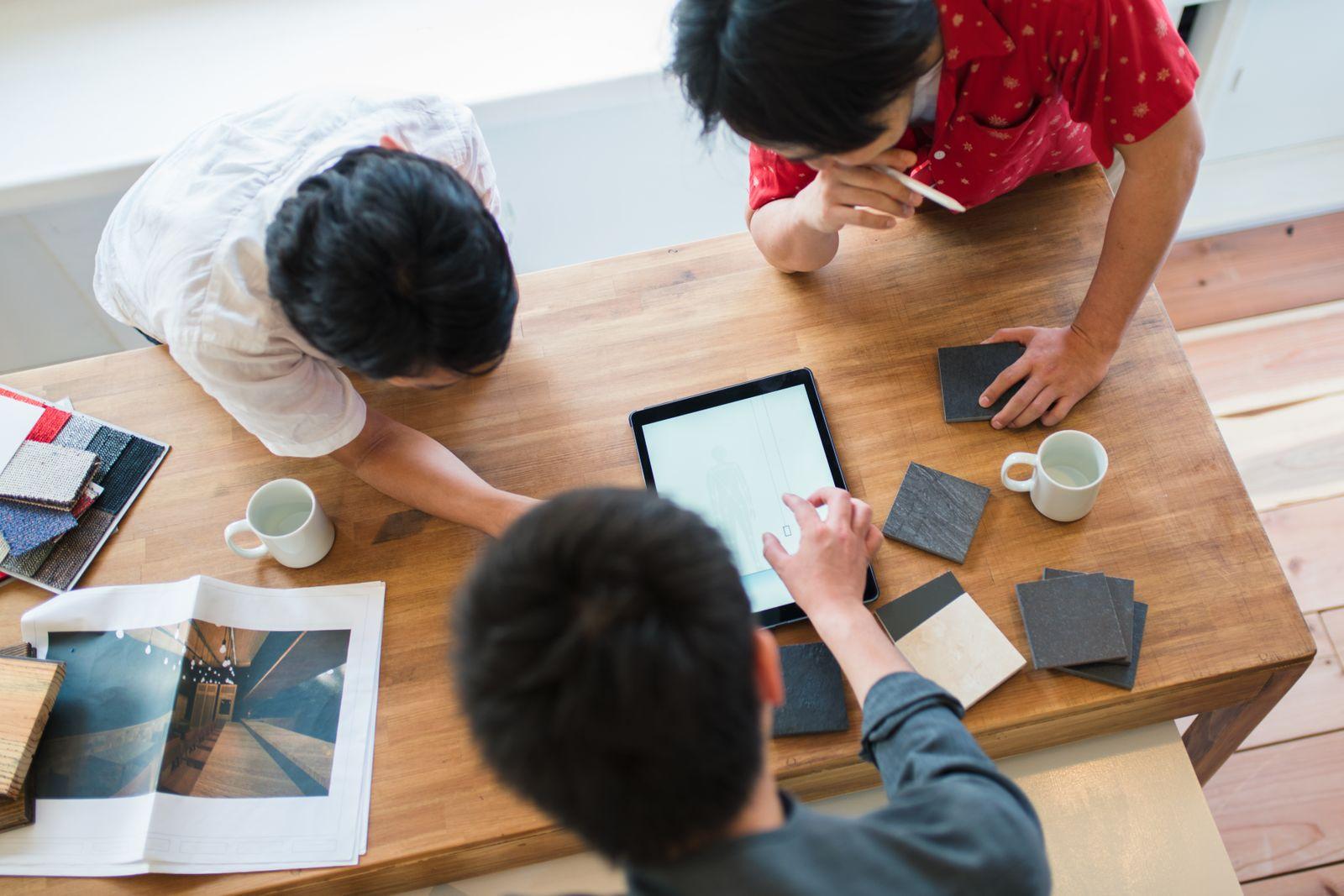 Comment créer des espaces de collaboration polyvalents et productifs au bureau