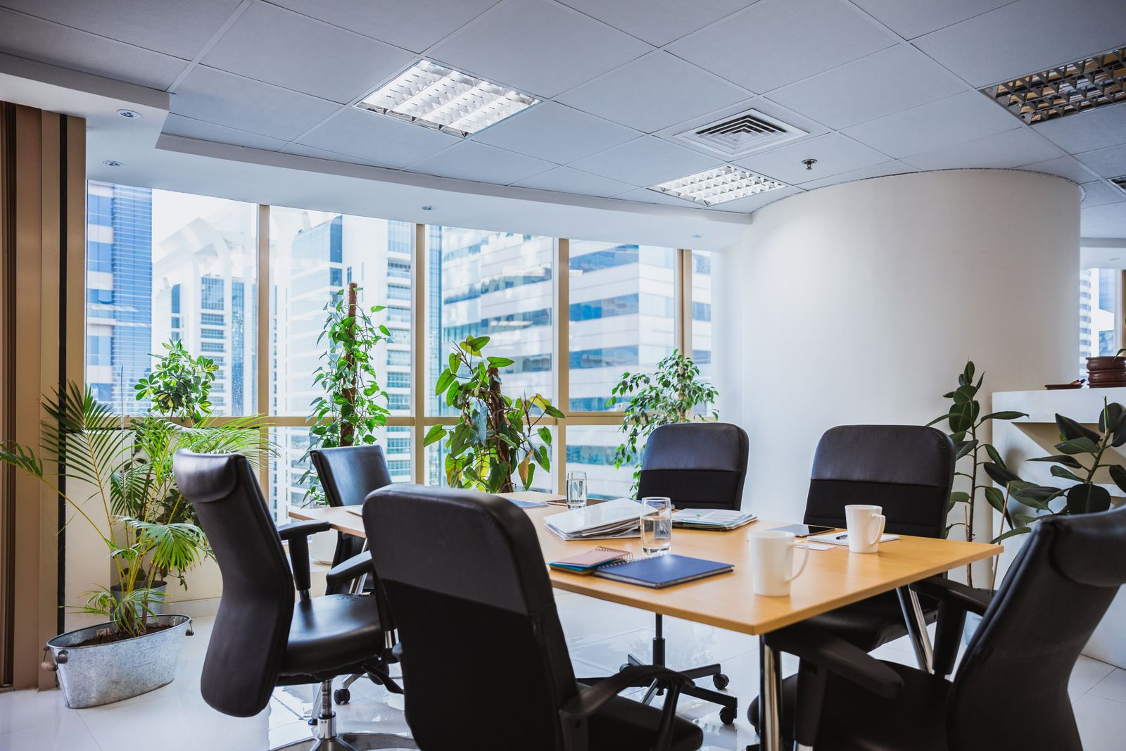 Enhance The Office Experience 8 Ways To Create An Inviting Office Bestar