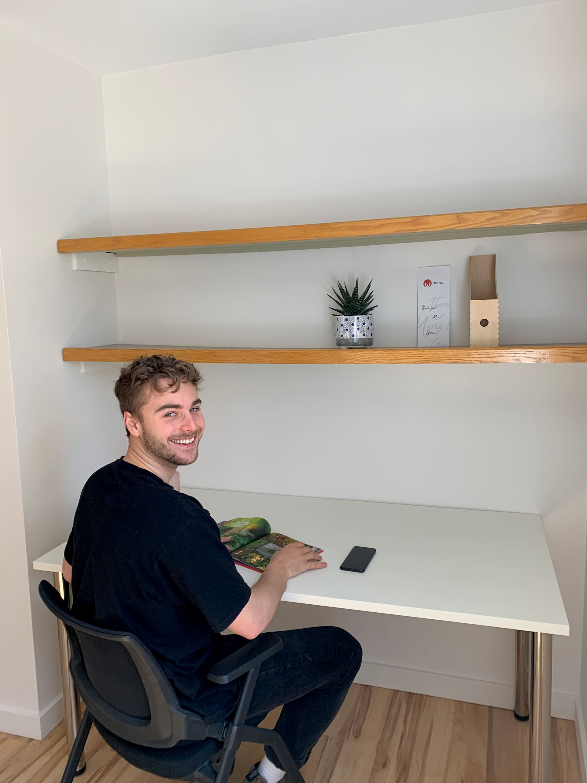 Man working in his desk