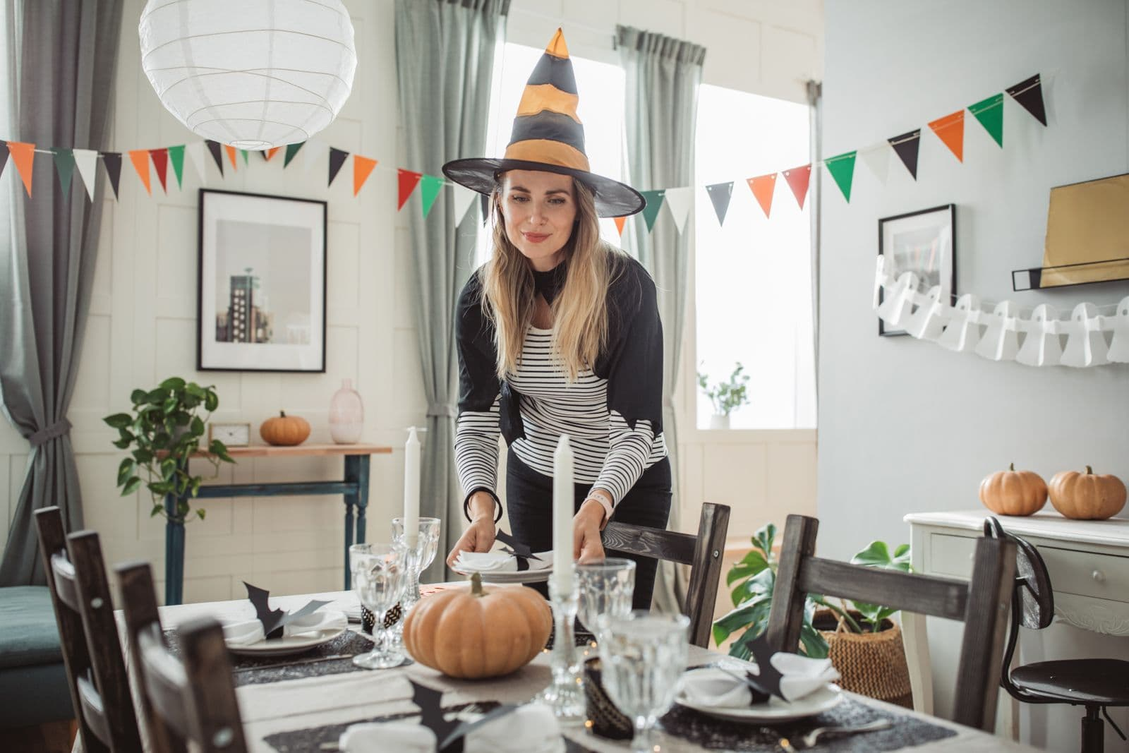 5 Clever Ways to Add Spooktacular Halloween Decorations at Home